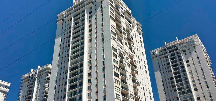 Quadomain Condominiums