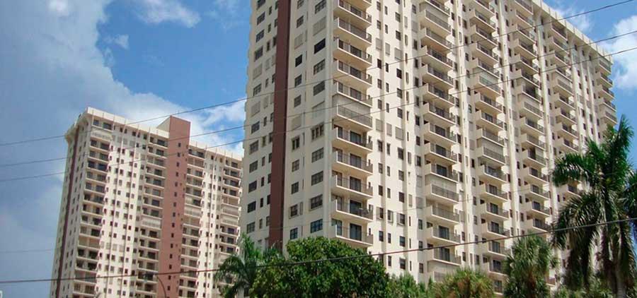 Summit Towers Condominiums