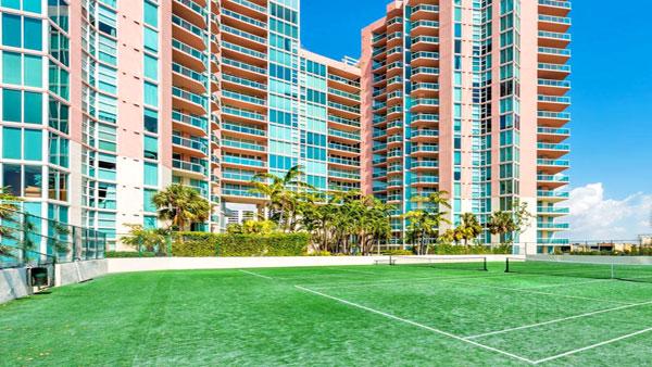 hidden bay tennis court