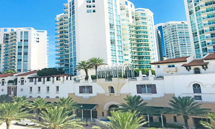 St Tropez Condominium