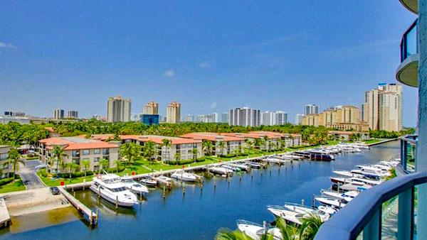 Uptown Marina Condos