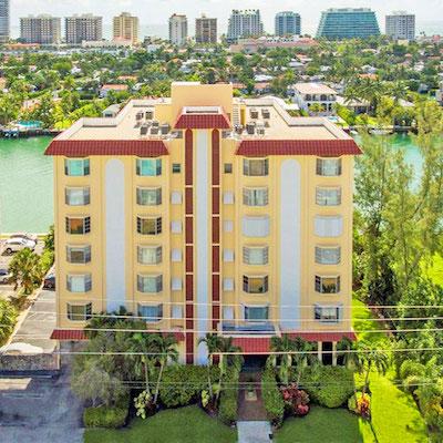 Granada condominium complex